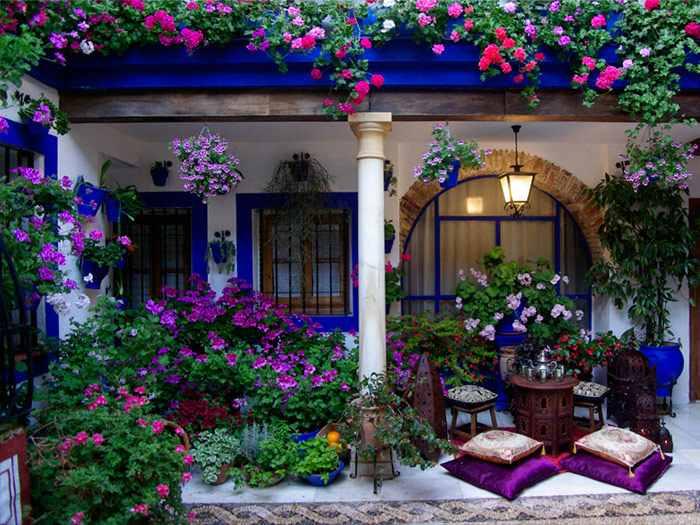 virágos patio Córdobában