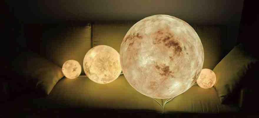 Luna hold lámpa
