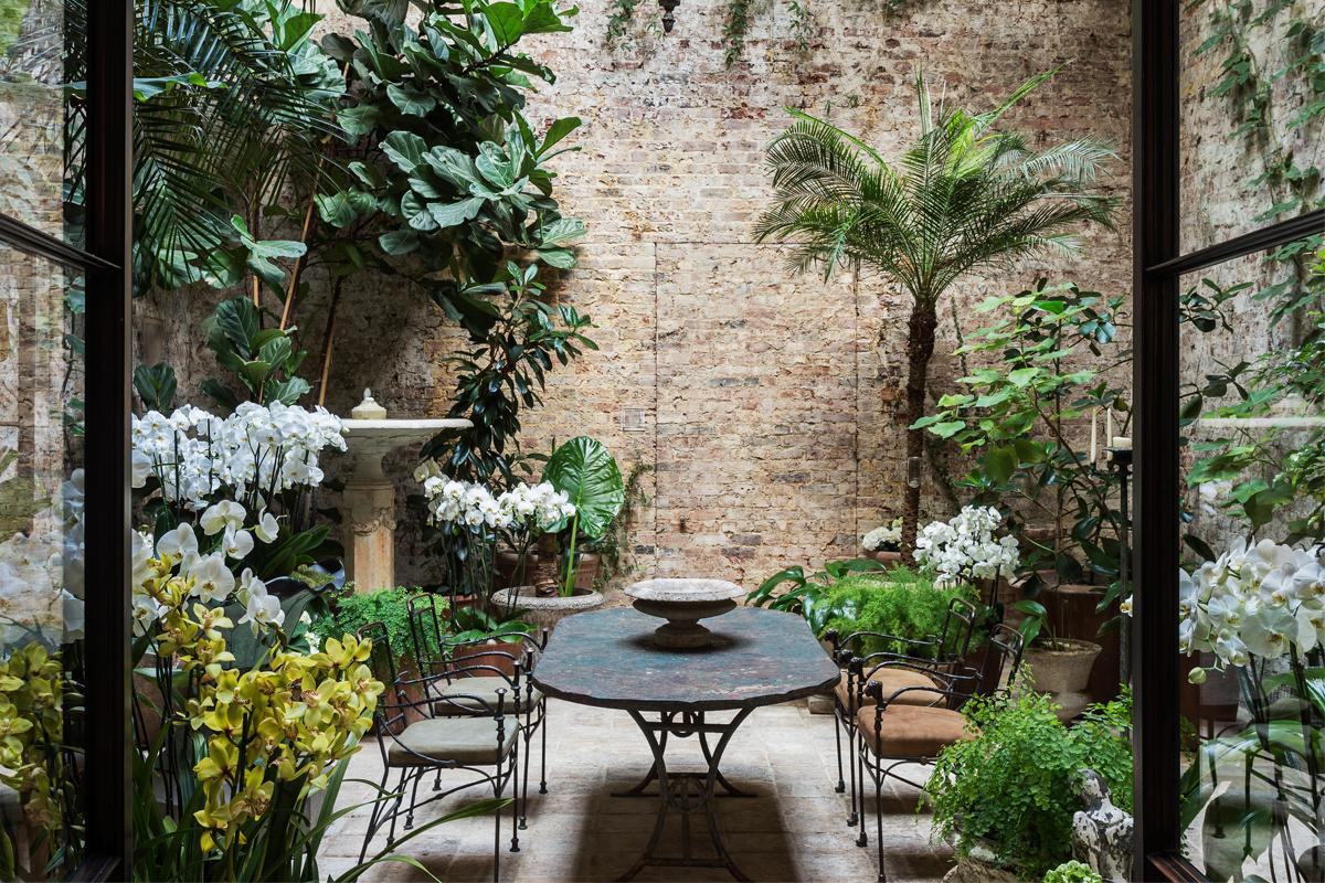Pazar belső kertek - Videó
