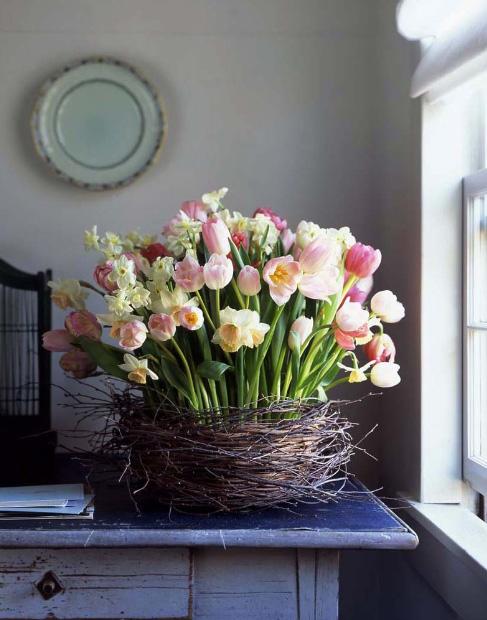 húsvéti asztali dekoráció