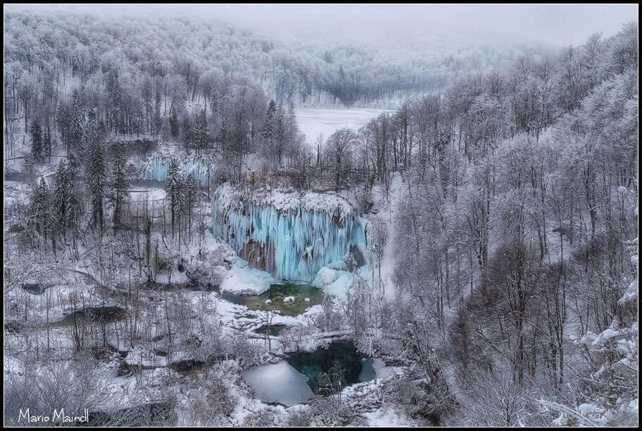 Lélegzetelállító képek a jégbe fagyott Plitvicei-tavakról