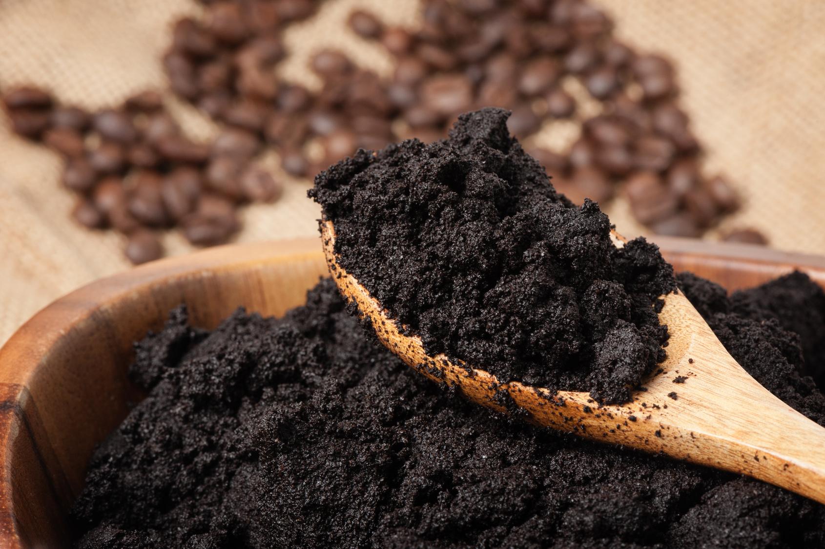 7 csodás praktika kávézaccal