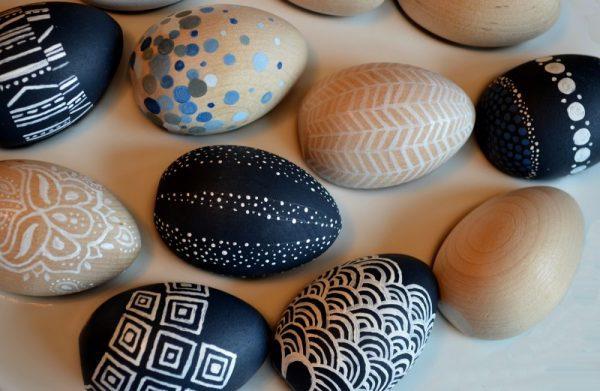 modern festett húsvéti tojások