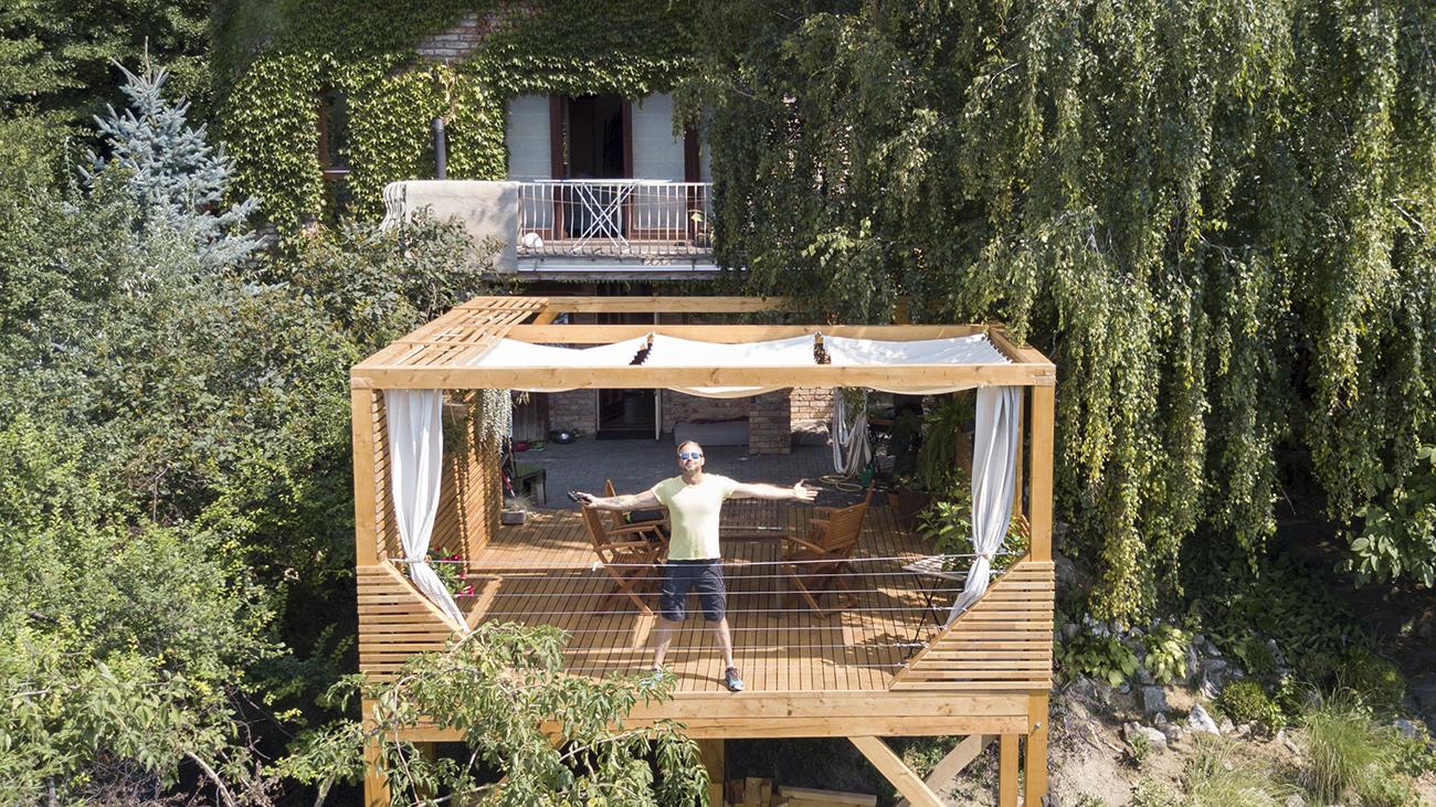 Így épült meg az álom fa teraszom - videó