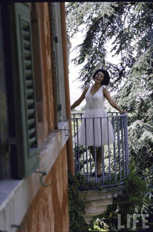 Sophia-Loren-romai-villaja