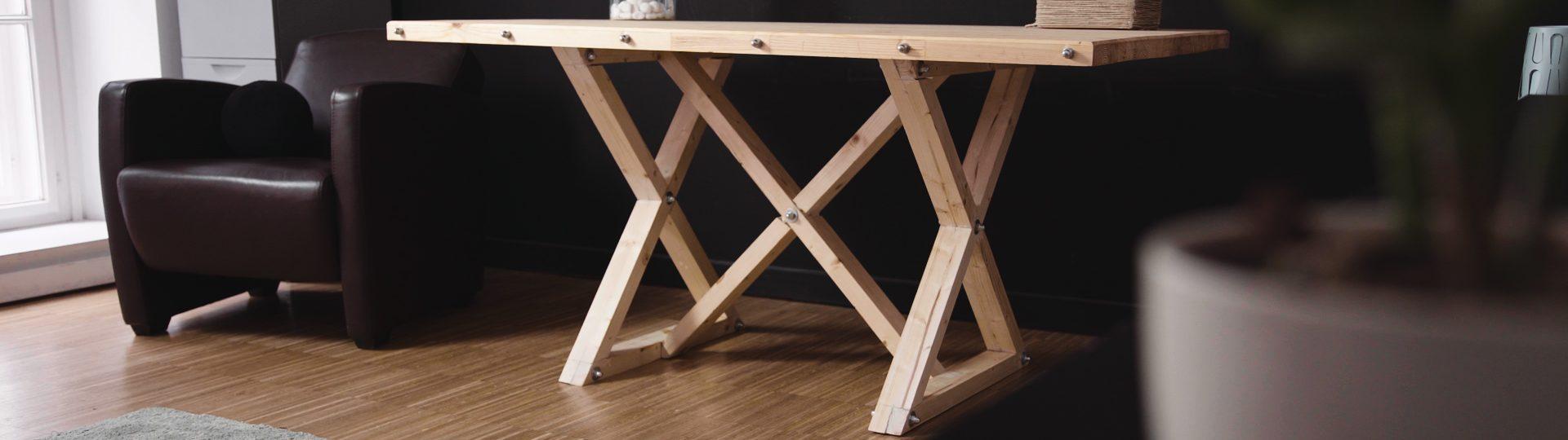 fa-asztal