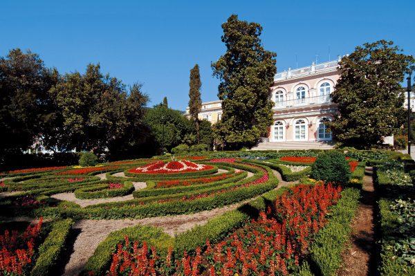 Villa Angiolina kastélykert