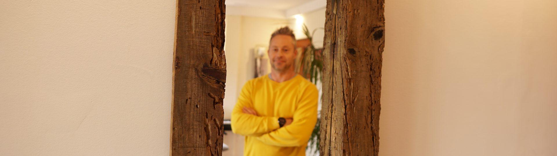 tukor-keret-bontott-fa