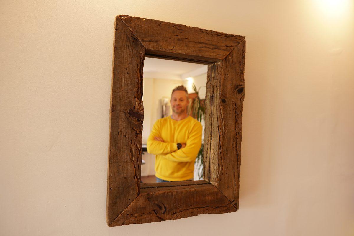DIY tükör keret bontott fából - videó