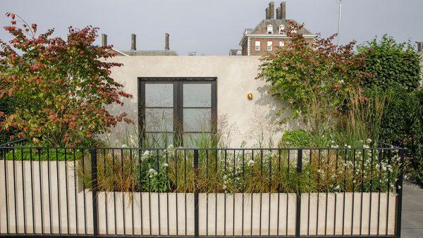 modern balkonkert Chelsea Flower Show 2021